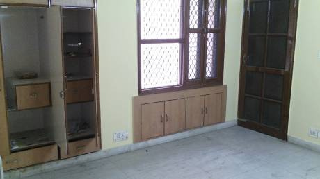1850 sqft, 3 bhk Apartment in Builder Project DWARKA SECTOR 9, Delhi at Rs. 29000
