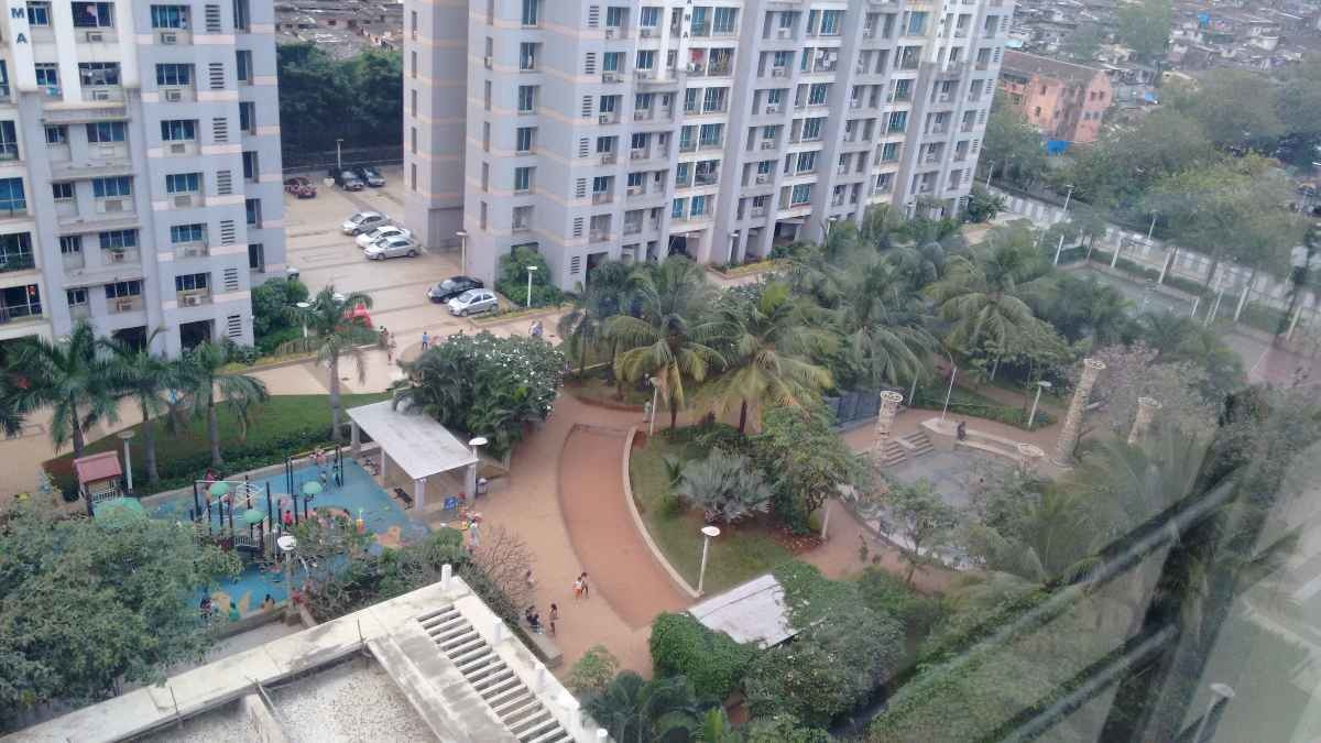 967 sq ft 2BHK 2BHK+2T (967 sq ft) Property By Black and White Aventura In Flamingos, Parel