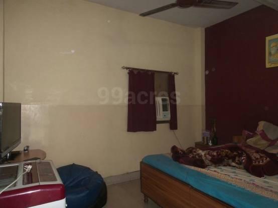 650 sqft, 1 bhk Apartment in Builder Project Arjun Nagar, Delhi at Rs. 12000