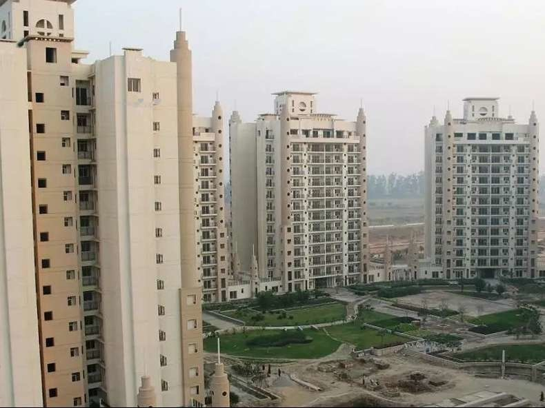 3000 sq ft 3BHK 3BHK+3T (3,000 sq ft) + Study Room Property By ALFATECH REALTORS In Greens Paradiso, Sector Chi 4 Gr Noida