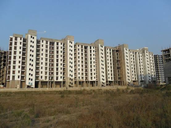 1280 sqft, 3 bhk Apartment in Builder Omaxe Shubhanagan Kasaar Road, Bahadurgarh at Rs. 33.0000 Lacs