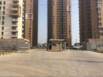 1300 sqft, 2 bhk Apartment in Pioneer Pioneer Park PH 1 Sector 61, Gurgaon at Rs. 1.2000 Cr