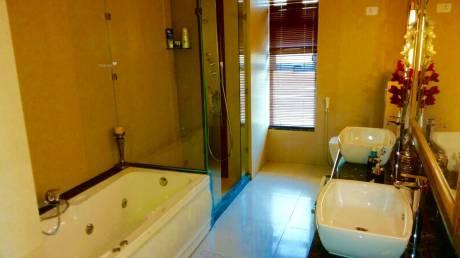 2700 sqft, 2 bhk Apartment in HUDA Plot Sector 45 Sector 45, Gurgaon at Rs. 27000