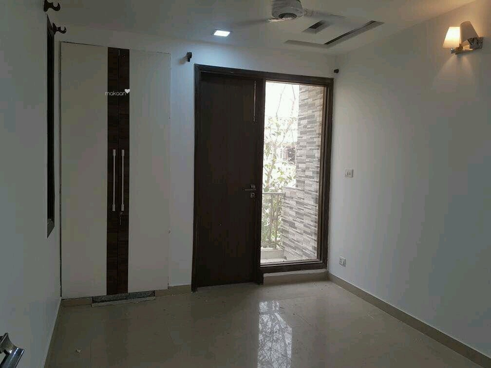 1800 sq ft 3BHK 3BHK+3T (1,800 sq ft) + Store Room Property By Property Space In kesharwani apartment, Sector 5 Dwarka