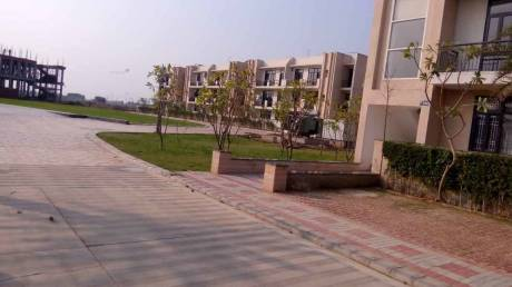 1640 sqft, 3 bhk Apartment in Omaxe Silver Birch Mullanpur, Mohali at Rs. 54.0000 Lacs