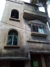 1800 sqft, 3 bhk IndependentHouse in Builder Amar basa Mission Pally, Kolkata at Rs. 55.0000 Lacs