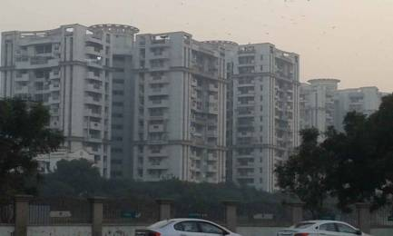 1870 sqft, 3 bhk Apartment in Ramprastha Emerald Heights Sector 7 Vaishali, Ghaziabad at Rs. 1.1500 Cr