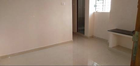 650 sqft, 2 bhk Apartment in Builder Project Choolaimedu, Chennai at Rs. 15000