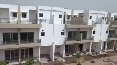3008 sqft, 4 bhk Villa in Paramount Golfforeste Zeta 1, Greater Noida at Rs. 1.4000 Cr