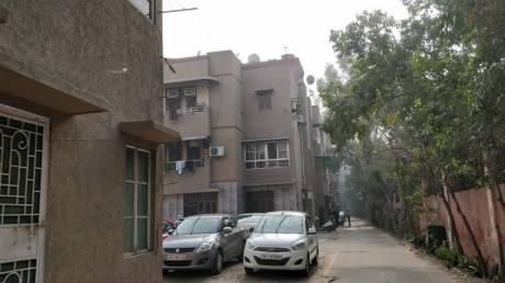 950 sqft, 2 bhk Apartment in DDA Una Enclave Mayur Vihar, Delhi at Rs. 22000