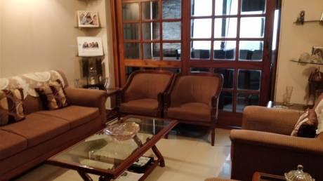 1500 sqft, 3 bhk Apartment in Builder Project Mayur Vihar I, Delhi at Rs. 2.3000 Cr