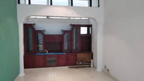 1000 sqft, 2 bhk Apartment in Builder Project Mayur Vihar I, Delhi at Rs. 30000