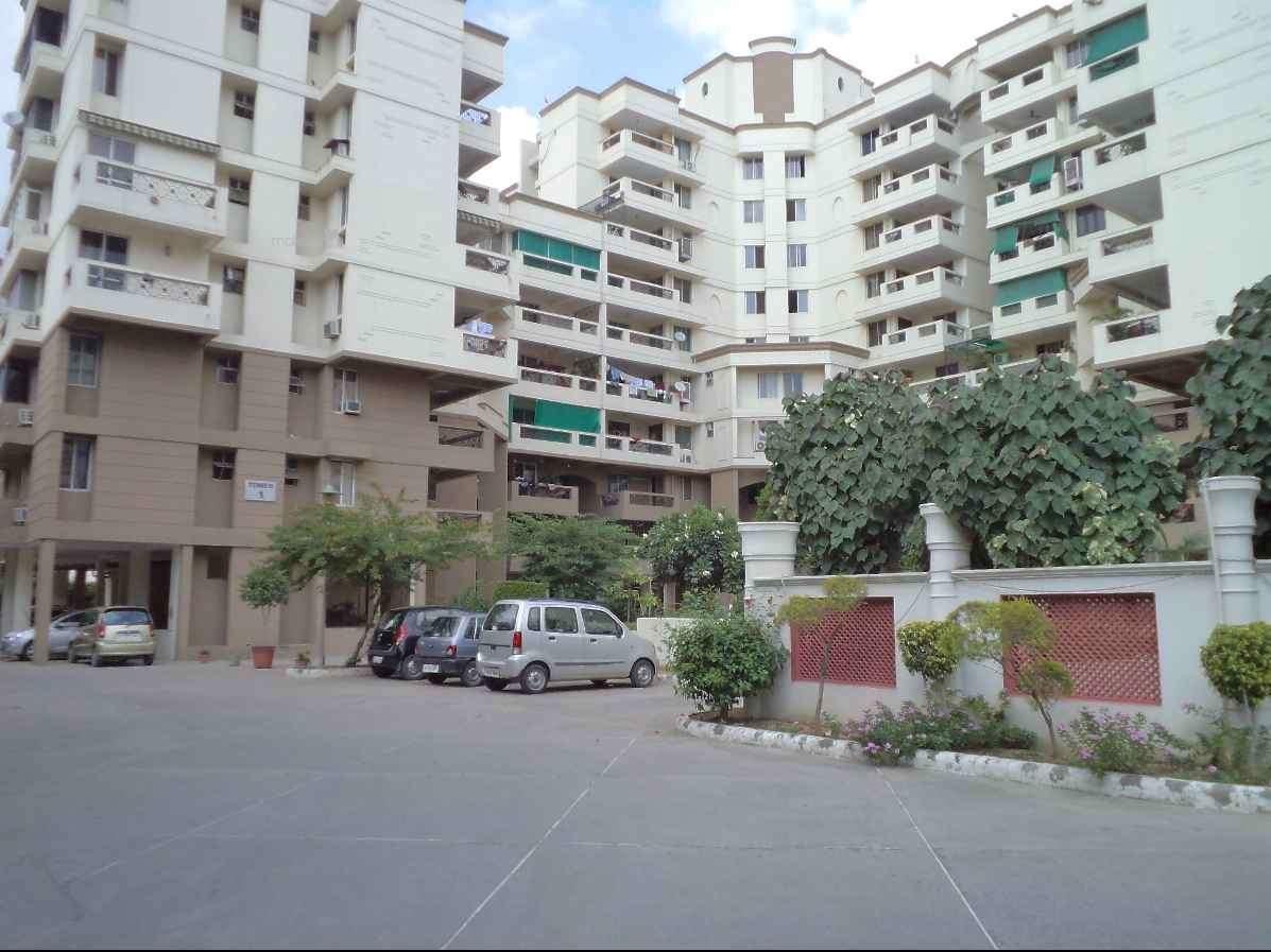 1182 sq ft 2BHK 2BHK+2T (1,182 sq ft) Property By ALFATECH REALTORS In Golf Vista Apartments, Alpha 2