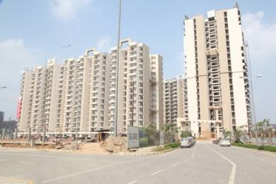 910 sqft, 2 bhk Apartment in Builder Project Gaur City 1, Greater Noida at Rs. 38.0000 Lacs