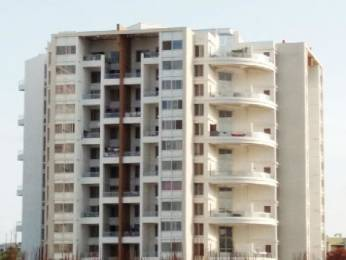 935 sqft, 2 bhk Apartment in Ravinanda Skylights Wagholi, Pune at Rs. 46.0000 Lacs
