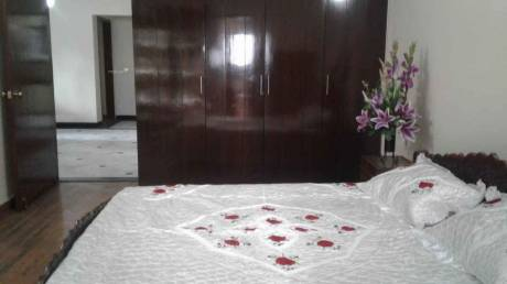 2000 sqft, 3 bhk Apartment in Builder Project Connaught Place, Delhi at Rs. 1.7500 Lacs