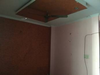 650 sqft, 2 bhk BuilderFloor in Builder Project Shakarpur, Delhi at Rs. 40.0000 Lacs
