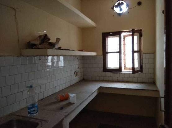 900 sqft, 1 bhk BuilderFloor in Builder Project Sector 28 Saraswati Vihar, Gurgaon at Rs. 16000