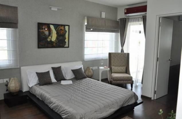 800 sqft, 2 bhk Apartment in Builder Wadhwa Amar jivan Bandra West, Mumbai at Rs. 5.0000 Cr