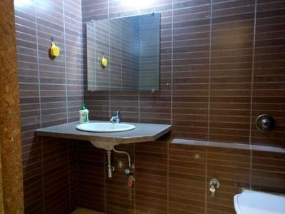600 sqft, 1 bhk Apartment in Builder SantaCruz west chs link Santacruz West, Mumbai at Rs. 1.2500 Cr