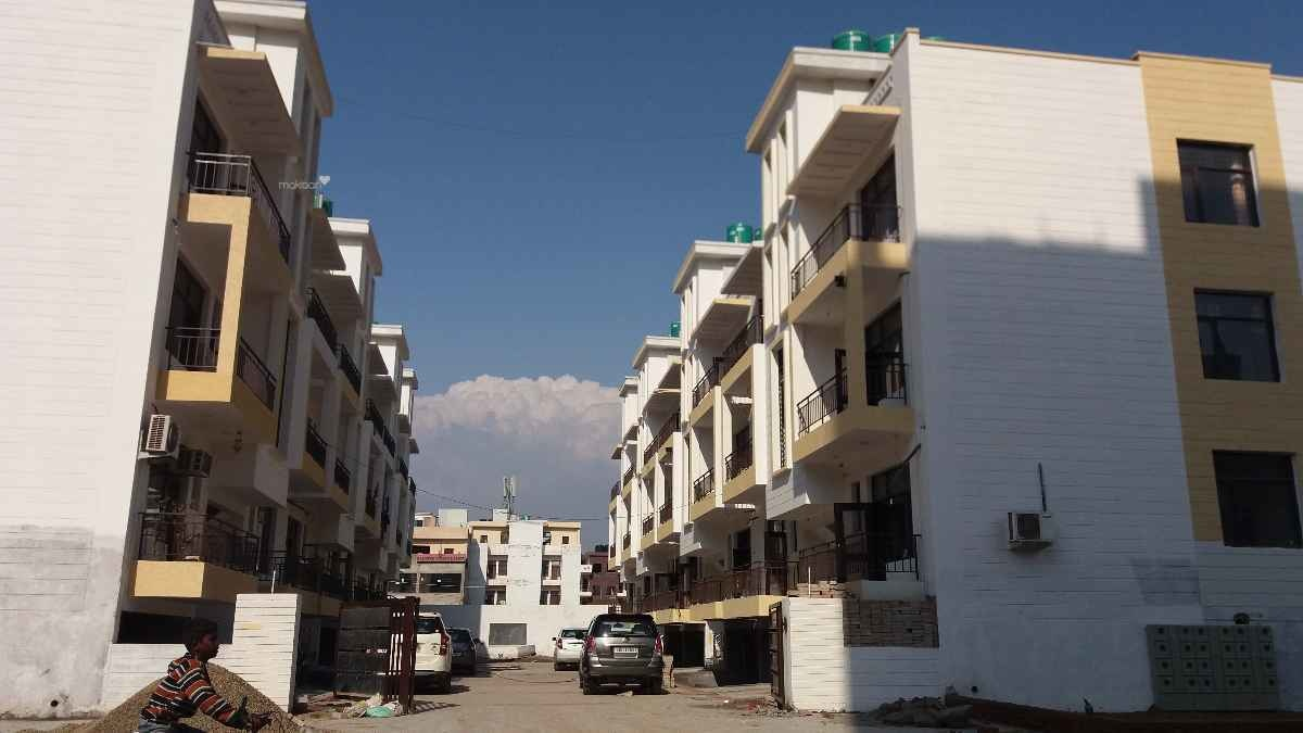 1550 sq ft 3BHK 3BHK+3T (1,550 sq ft) + Servant Room Property By At Realtors In Project, Zirakpur punjab
