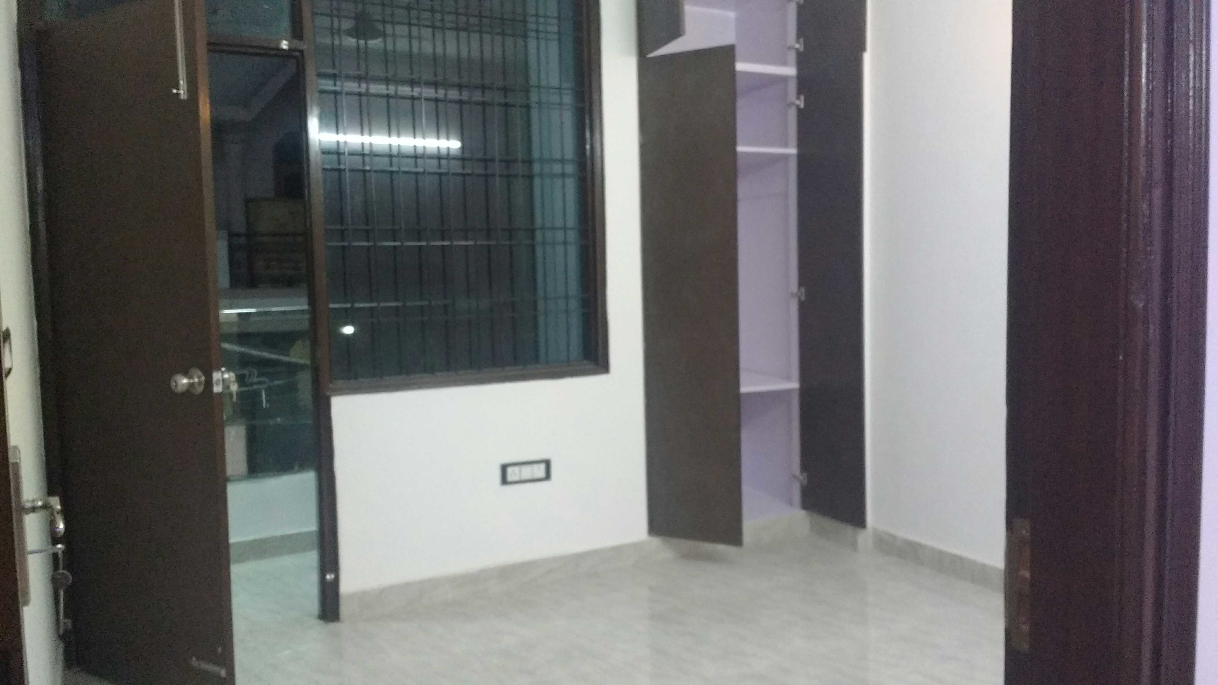 1350 sq ft 2BHK 2BHK+2T (1,350 sq ft) Property By Daksh Property In JVTS Gardens, Chattarpur