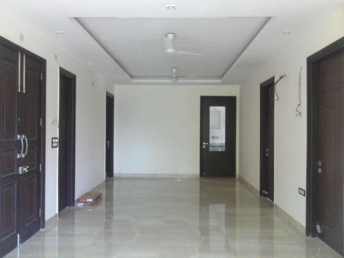 1000 sq ft 1BHK 1BHK+1T (1,000 sq ft) Property By Shree Radha and Company In Project, Sector 38
