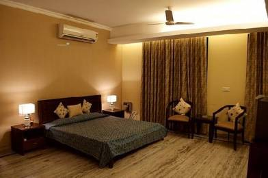 500 sqft, 1 bhk Apartment in Builder Project DLF Phase 3, Gurgaon at Rs. 11000