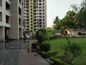 1070 sqft, 2 bhk Apartment in Ekta Developers Floral Tangra, Kolkata at Rs. 21000