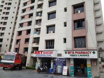 1100 sqft, 2 bhk Apartment in Ekta Developers Floral Tangra, Kolkata at Rs. 28000