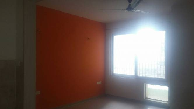 1075 sqft, 2 bhk Apartment in Express Garden Vaibhav Khand, Ghaziabad at Rs. 52.5000 Lacs