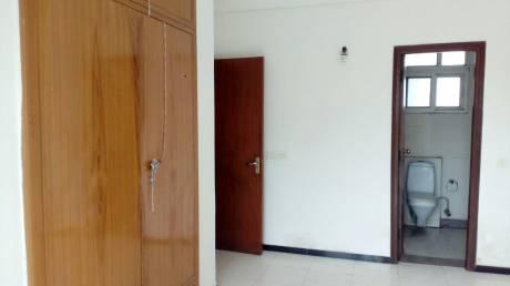 1474 sqft, 2 bhk Apartment in Amrapali Royal Vaibhav Khand, Ghaziabad at Rs. 65.0000 Lacs
