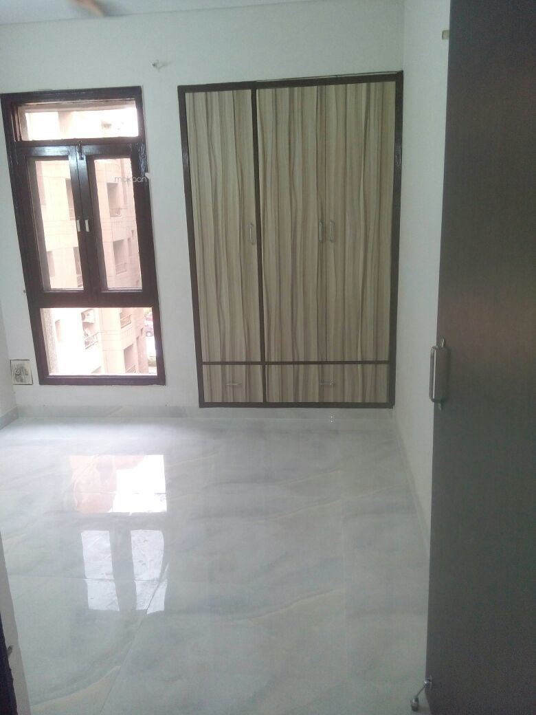 3400 sq ft 4BHK 4BHK+4T (3,400 sq ft) + Servant Room Property By sawan estate In Chitrakoot Dham, Sector 19 Dwarka
