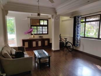 800 sqft, 2 bhk Apartment in Builder Laxmi niwas khar Khar, Mumbai at Rs. 2.5000 Cr