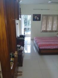 1050 sqft, 3 bhk Apartment in Builder EKTA IRIS APPT Khar, Mumbai at Rs. 1.9000 Lacs