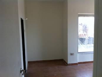 878 sqft, 2 bhk Apartment in DB Ozone Dahisar, Mumbai at Rs. 18000
