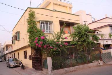 2000 sqft, 4 bhk Villa in Builder Luxurious House Gotri Road, Vadodara at Rs. 80.0000 Lacs