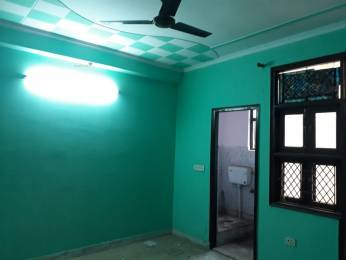 900 sqft, 3 bhk BuilderFloor in Builder Project mayur vihar phase 1, Delhi at Rs. 17000