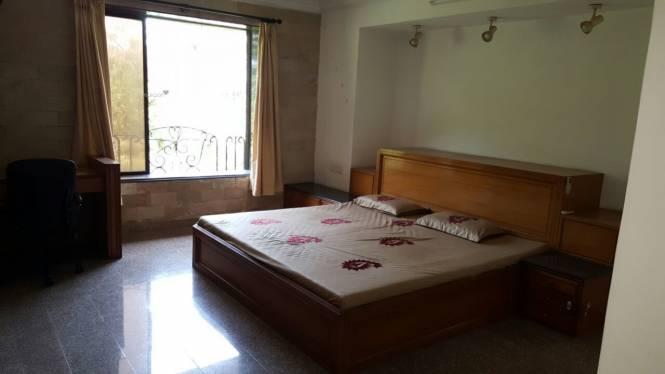 2500 sqft, 4 bhk Apartment in Builder Project Santacruz West, Mumbai at Rs. 2.0000 Lacs