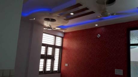 612 sqft, 2 bhk BuilderFloor in Builder Project Raja Puri, Delhi at Rs. 25.0000 Lacs