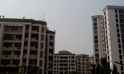 900 sqft, 2 bhk Apartment in Adarsh Riddhi Garden Malad East, Mumbai at Rs. 1.3500 Cr