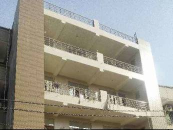 1100 sqft, 3 bhk BuilderFloor in Builder Project Dlf Dilshad Ext II, Ghaziabad at Rs. 35.7500 Lacs