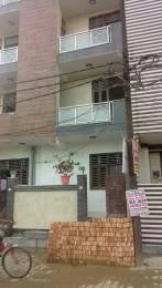 450 sqft, 1 bhk BuilderFloor in Builder 1BHK Builder Flat for Sale Dilshad Plaza, Ghaziabad at Rs. 13.0000 Lacs