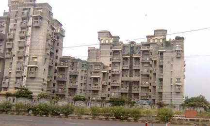2200 sqft, 4 bhk Apartment in Builder golf link apartment Sector 19, Delhi at Rs. 25000