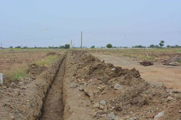 1725 sqft, Plot in Builder INfocity phase 2 AB Bypass Road, Indore at Rs. 18.9750 Lacs