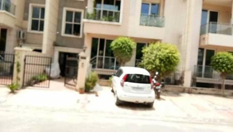 2500 sqft, 3 bhk Apartment in Ansal Esencia Sector 67, Gurgaon at Rs. 30000