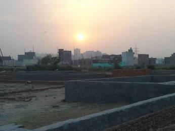 450 sqft, Plot in Builder Project Gaur City Road, Noida at Rs. 8.0000 Lacs