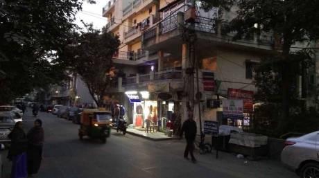 1200 sqft, 2 bhk Apartment in Builder Project Mayur Vihar Phase 2, Delhi at Rs. 8000