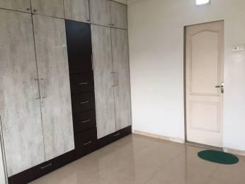 995 sqft, 2 bhk Apartment in Lokhandwala Highland Kandivali East, Mumbai at Rs. 1.3800 Cr