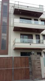 1600 sqft, 3 bhk BuilderFloor in Unitech South City II Sector 49, Gurgaon at Rs. 25000